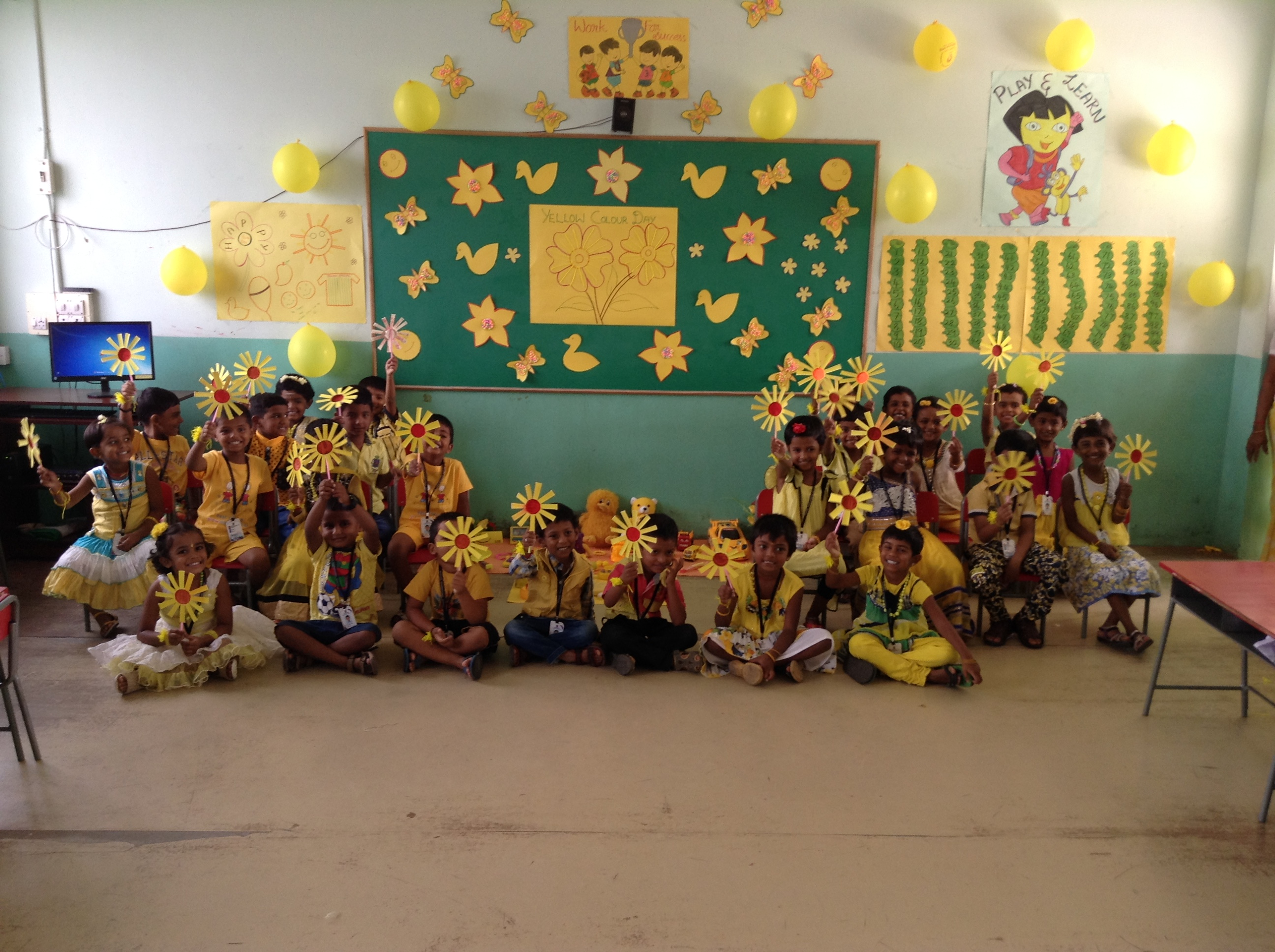 yellow day celebration in preschool yellow color day celebration 2016 sathyam international 289
